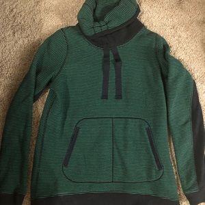 Lululemon Pullover - Sweatshirt - Size 6